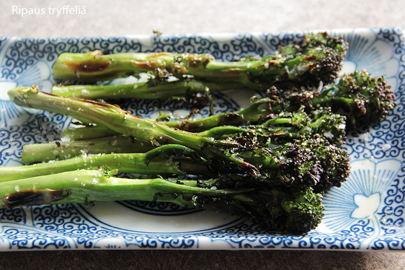 broccoliini-grillissa